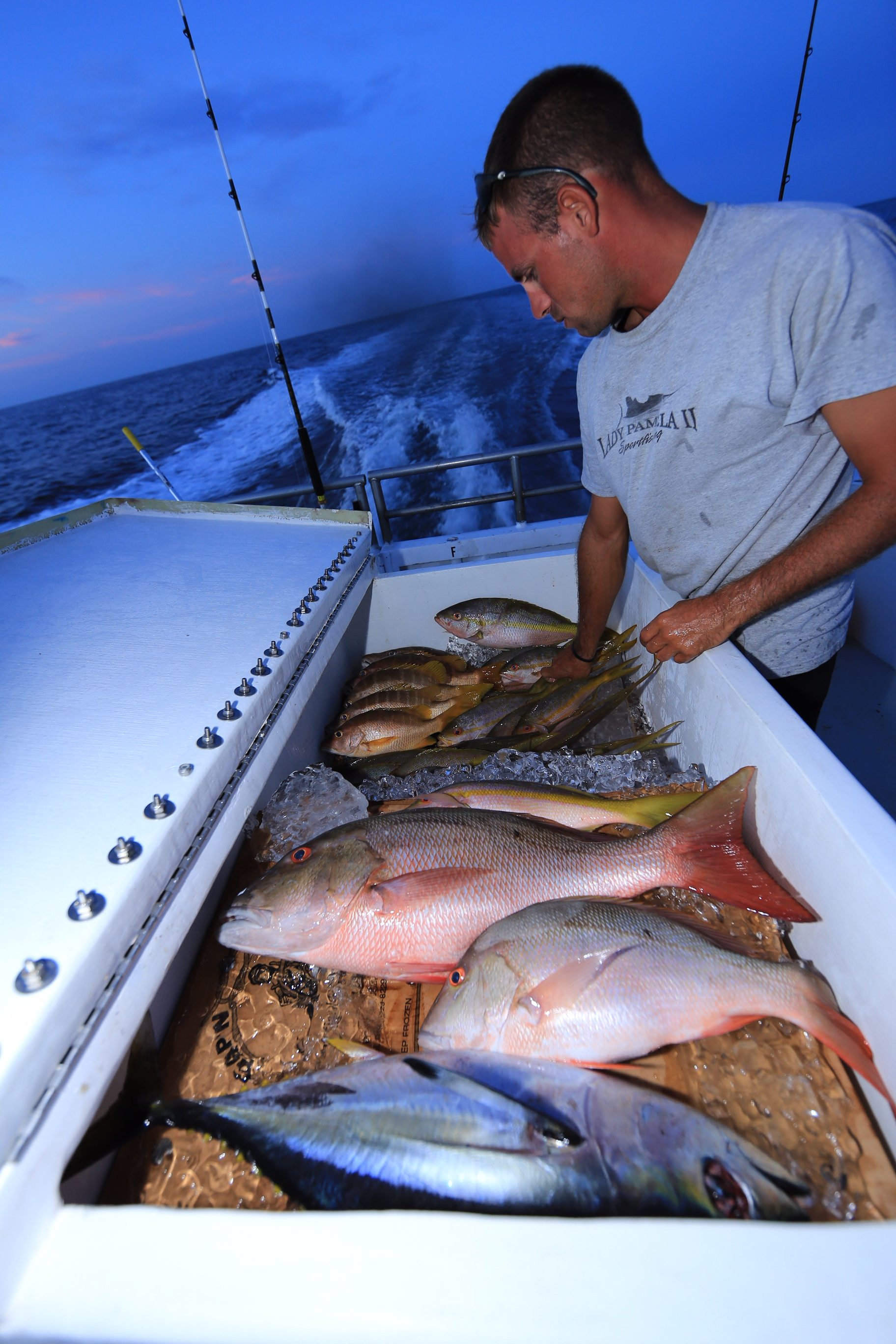 Drift fishing boats fort lauderdale hollywood miami for Fishing spots in fort lauderdale